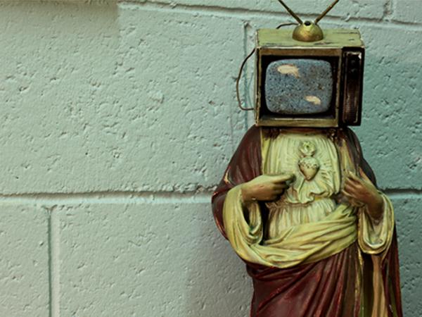 01-RESTLESS-DESIGN-MCCP-OFFICE-TV-JESUS