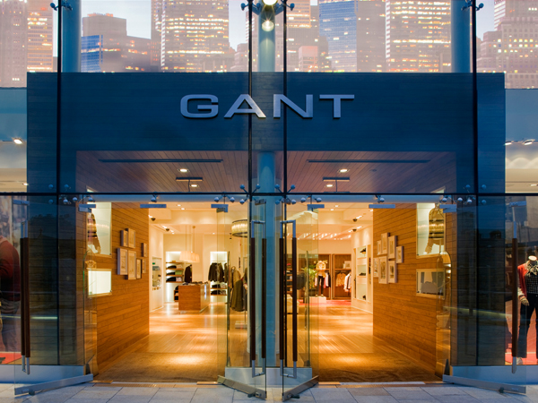 05-RESTLESS-DESIGN-GANT--ENTRANCE-VIEW-GLASS-FRONT