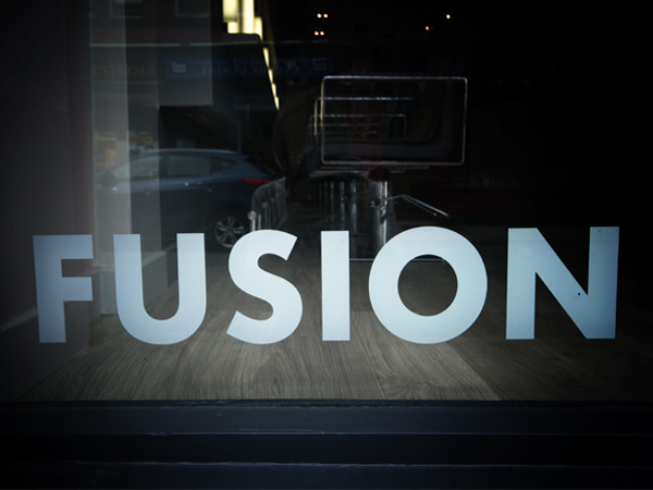 16-RESTLESS-DESIGN-Fusion-Hair-Salon