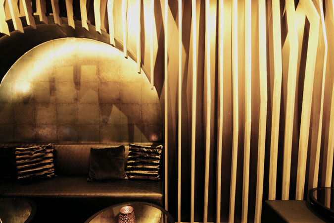 Restless-Design-Bronze-Nightclub-3