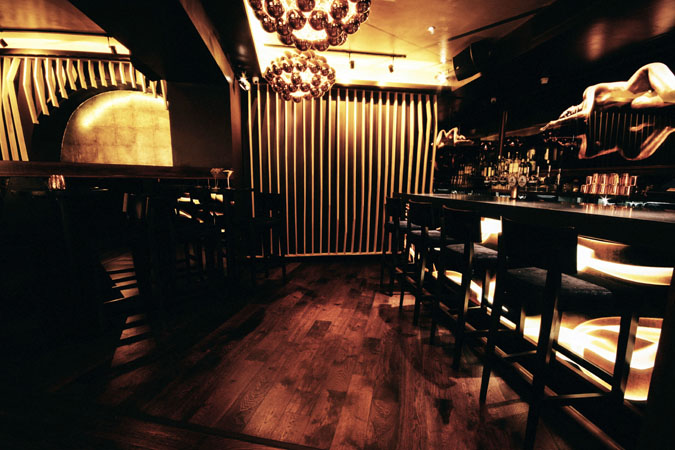 Restless-Design-Bronze-Nightclub-5