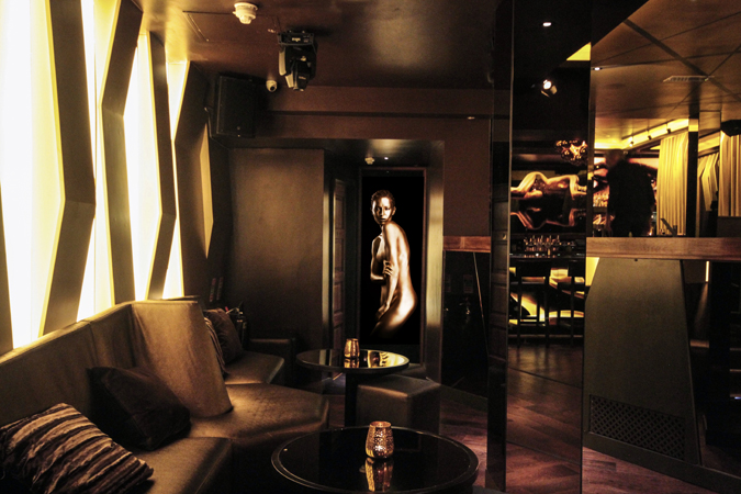 Restless-Design-Bronze-Nightclub-6
